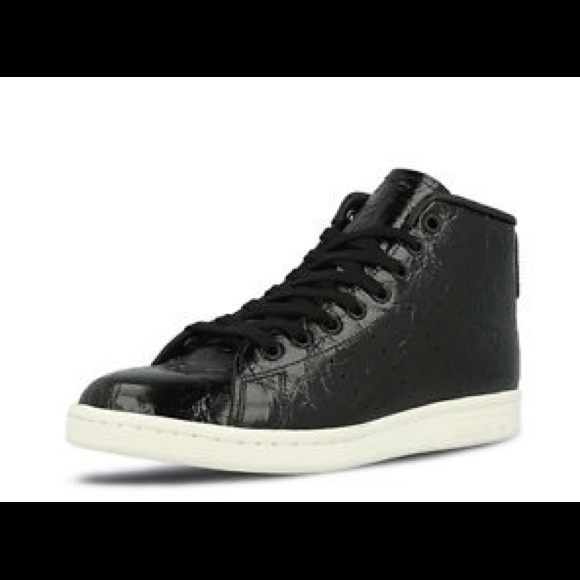 new style 223c5 f2d50 adidas Shoes - Adidas Originals Black Mid Trainer Stan Smith 7.5